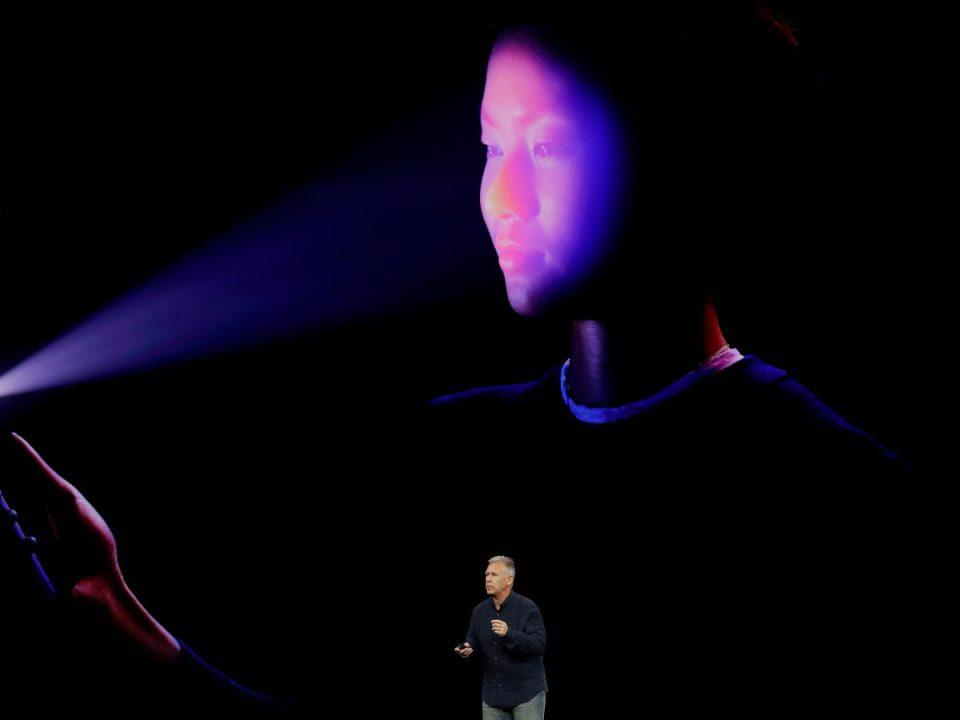 فناوری تشخیص چهره در آیفون ایکس چگونه کار می کند؟