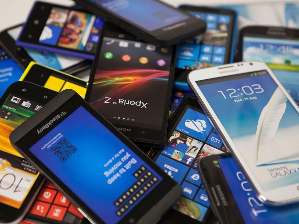 7 روش بکارگیری دوباره گوشی های قدیمی